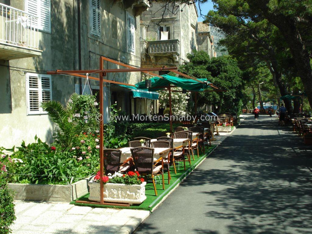 korcula-restaurant-strasse