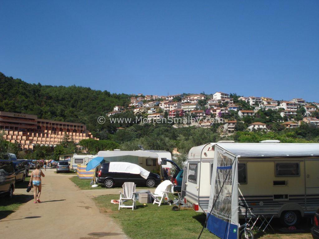 Stadt Rabac gesehen von Camping Oliva