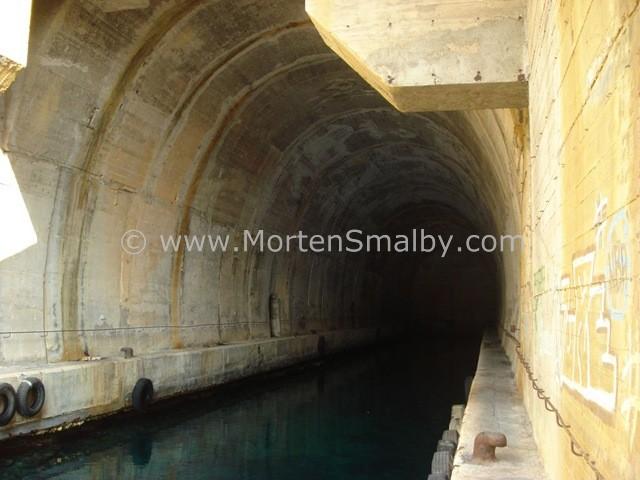 vis-uboot-tunnel
