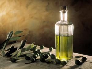 Olivenoel-in-flasche