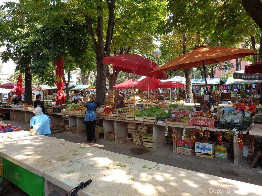 Pula Gemuesemarkt